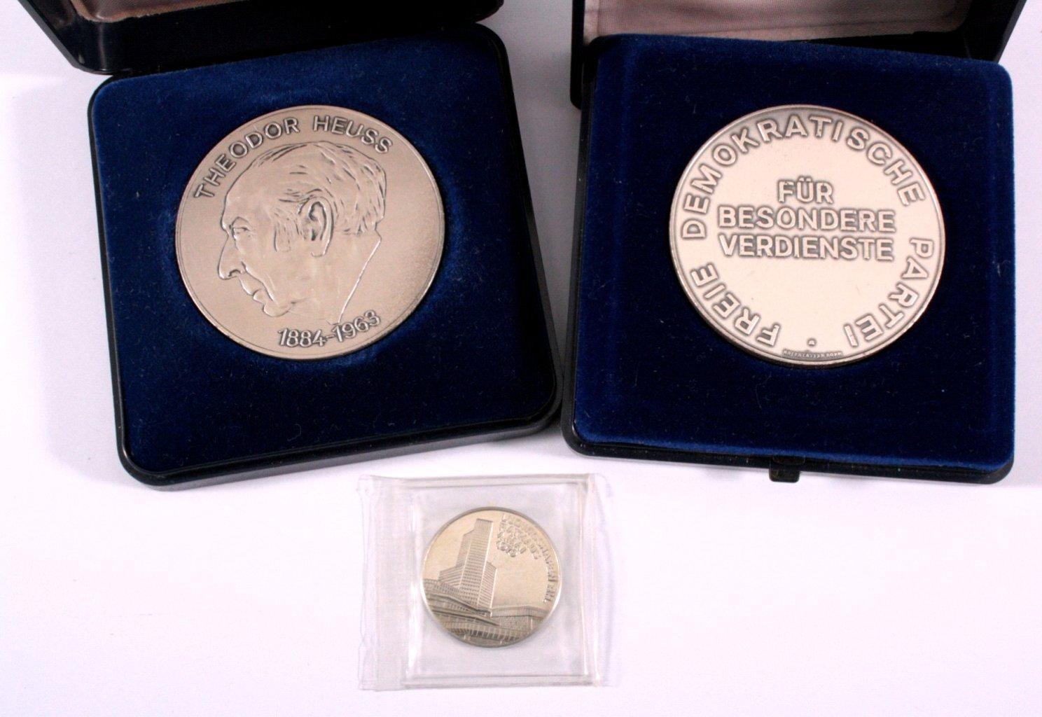3 Medaillen