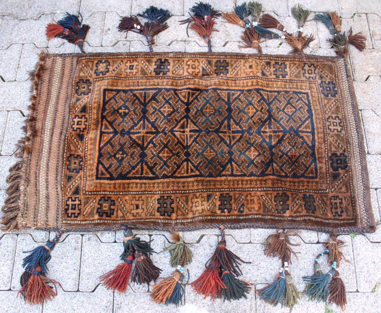 Belutsch-Tasche, antik um 1900