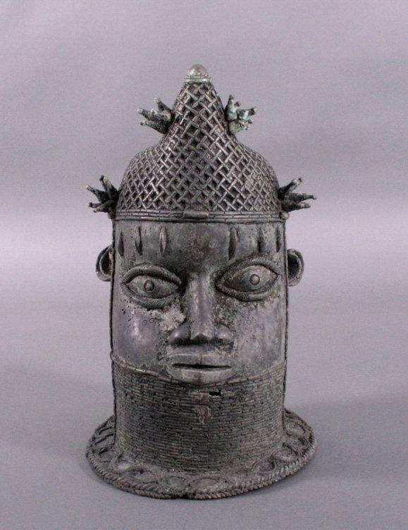 Bronze-Kopf einer Königin Mutter – Ife/Benin/Nigeria um 1920