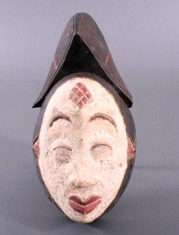 Maske der Punu, Gabun/Zentralafrika, 1. Hälfte 20. Jh.