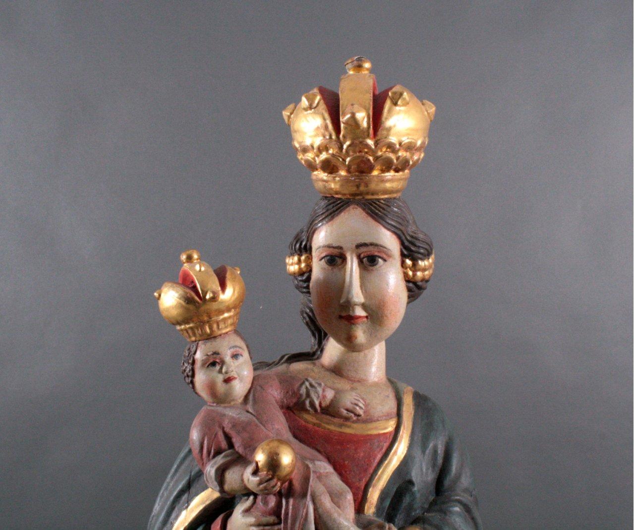 Große russische Holzskulptur 'Maria mit Kind'-3
