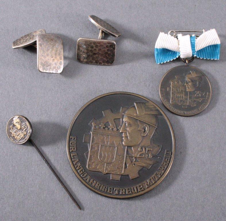 Medaille Bayern und Manschettenknöpfe