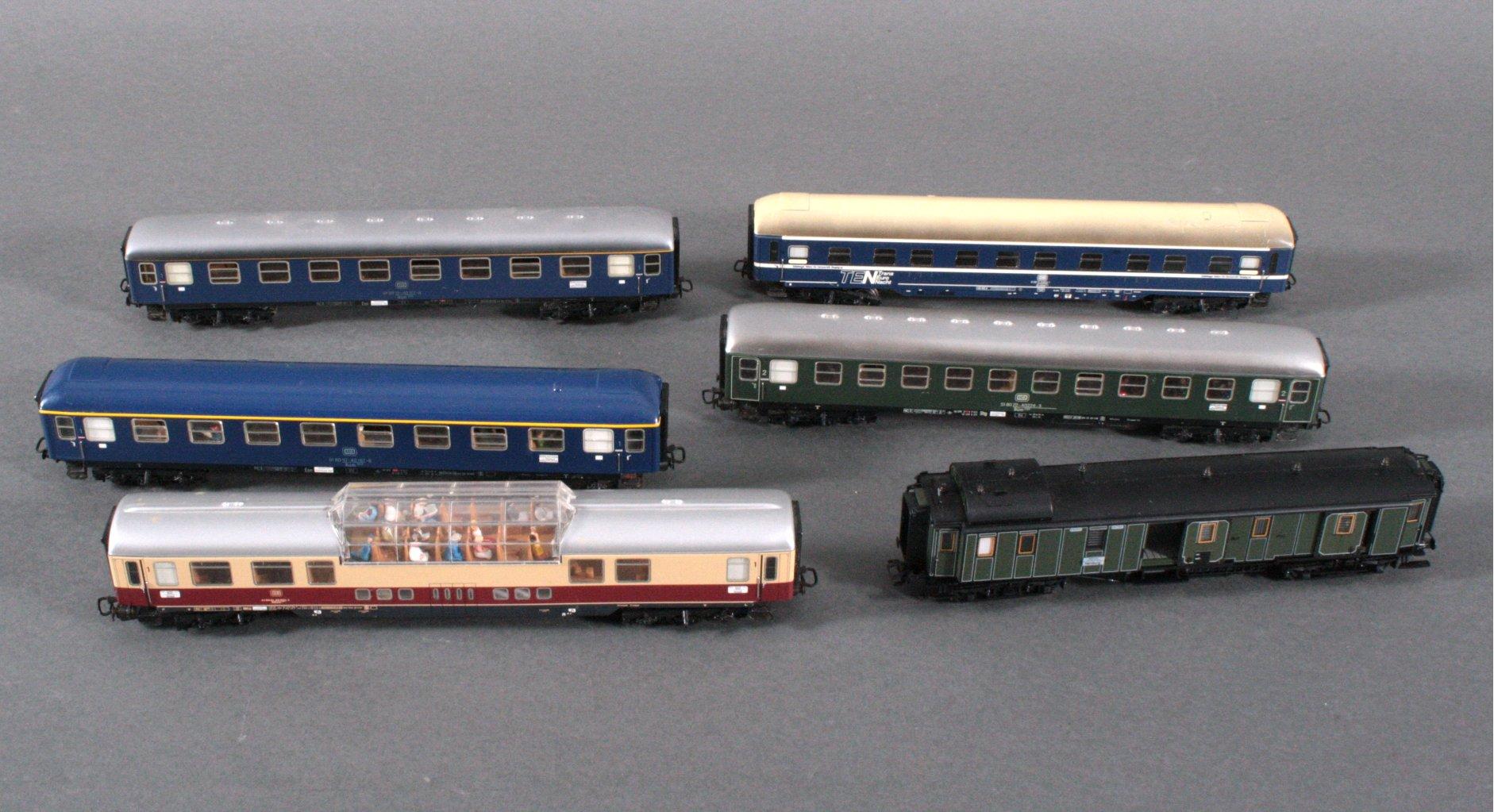 6 Märklin Wagons, H0