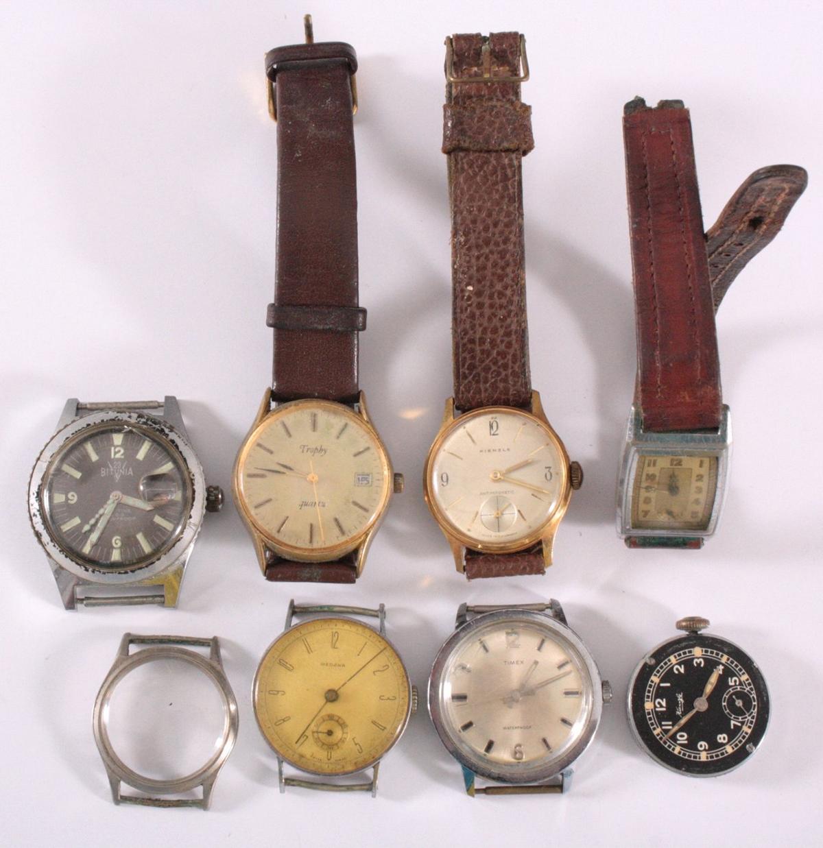 3 Herrenarmbanduhren, ohne Funktion