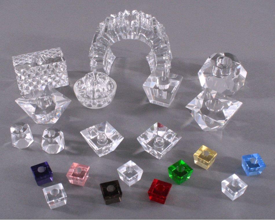 21 Kerzenständer aus Kristallglas