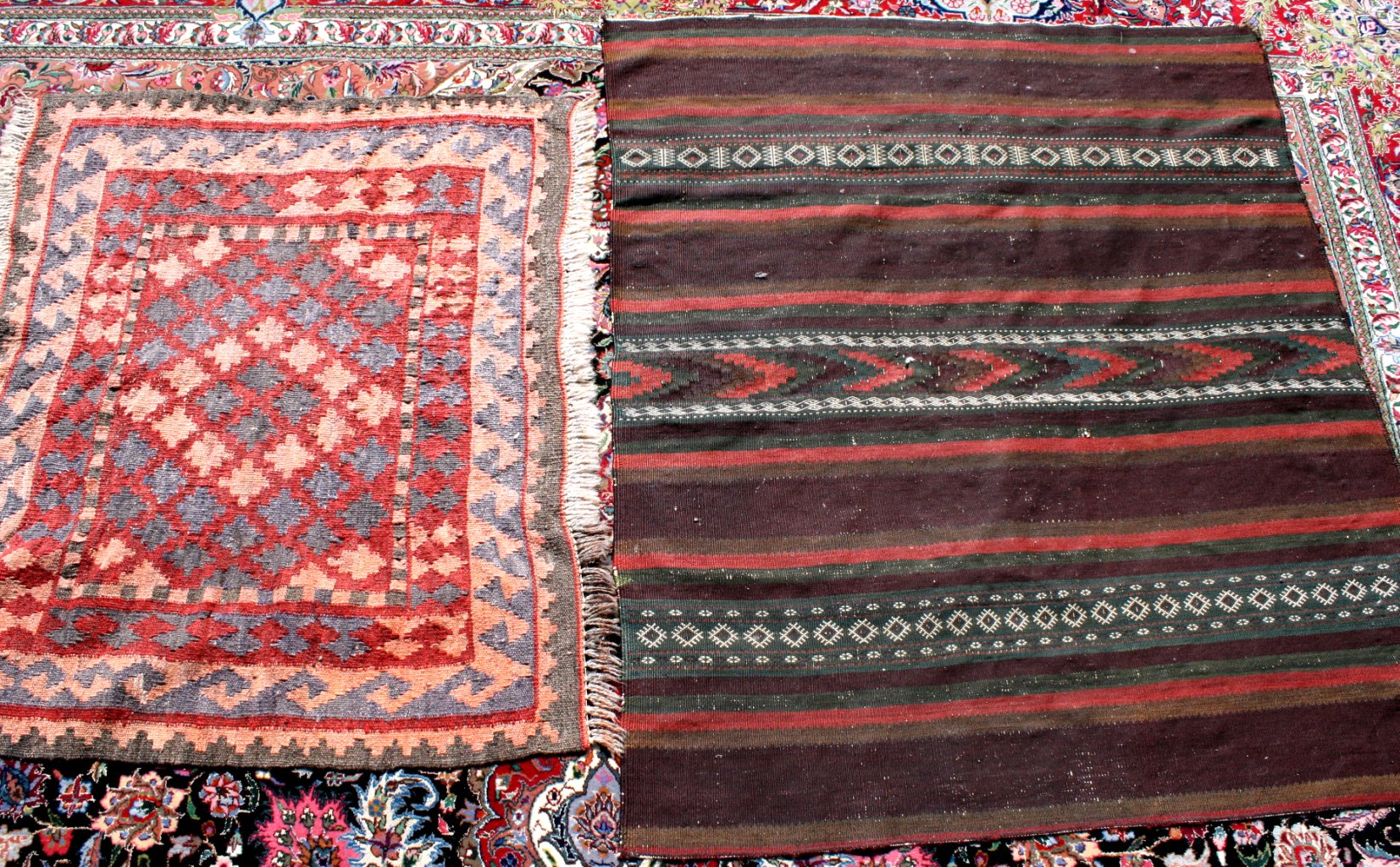 2 Antike Orientteppiche, dabei auch Kelim