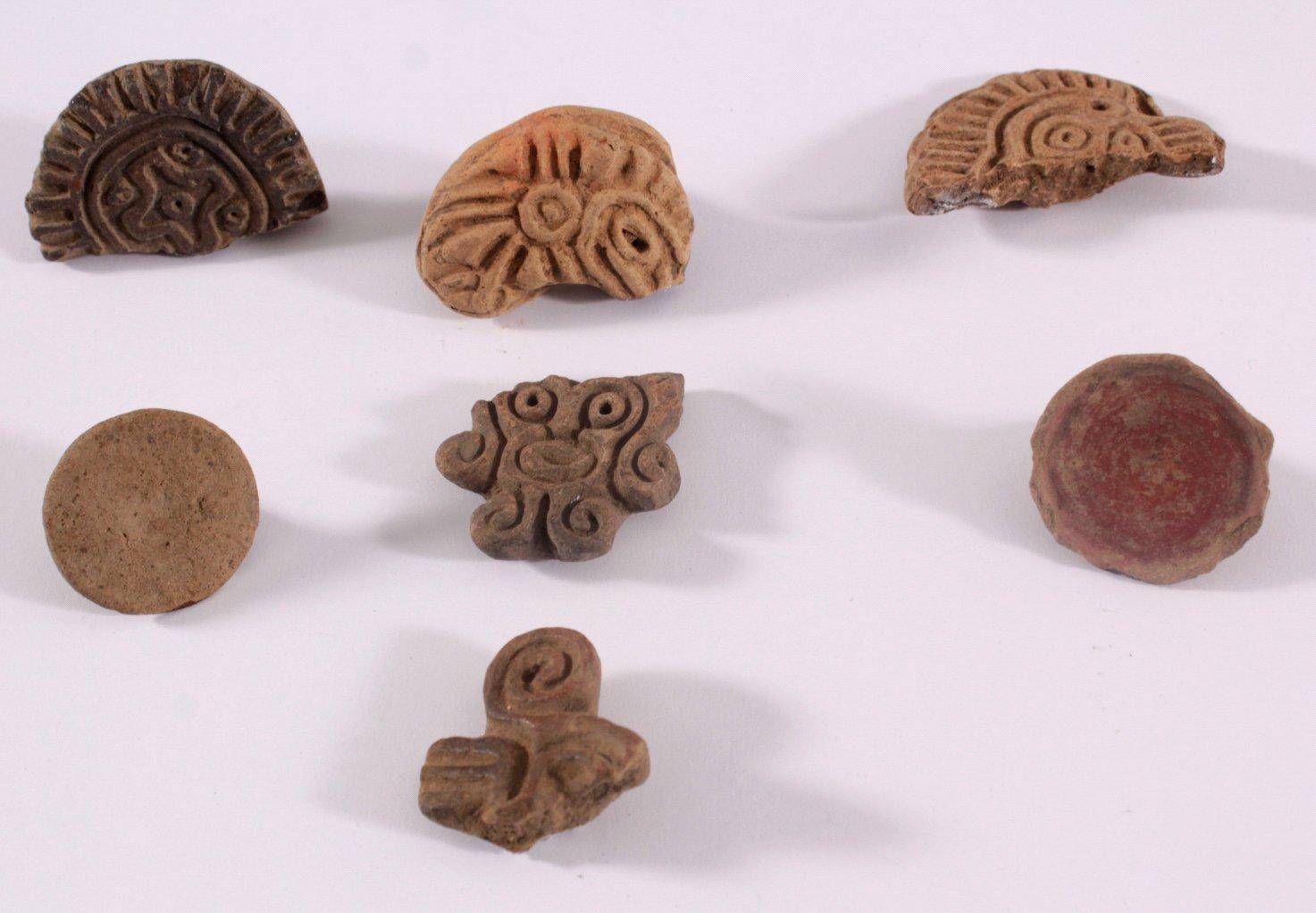 Mayakultur, 7 versch. Körper / Textilstempel