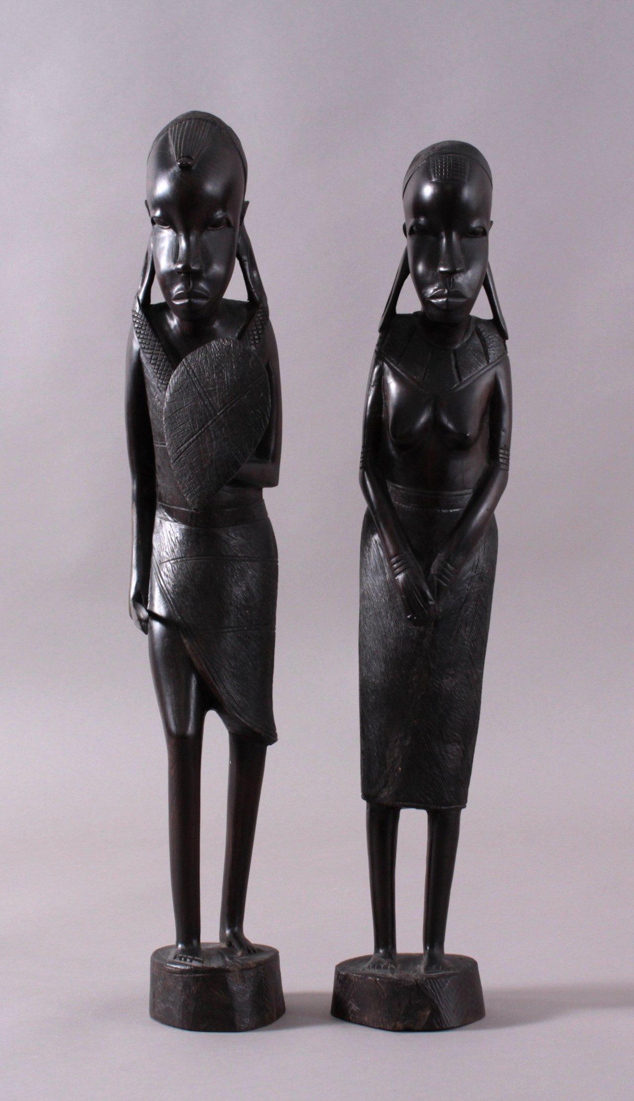 2 Makonde Schnitzerei Massai Krieger