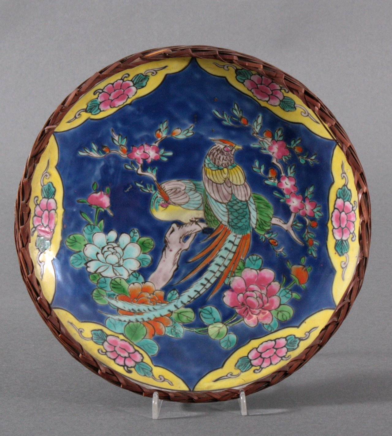 Imari-Teller, Japan um 1900