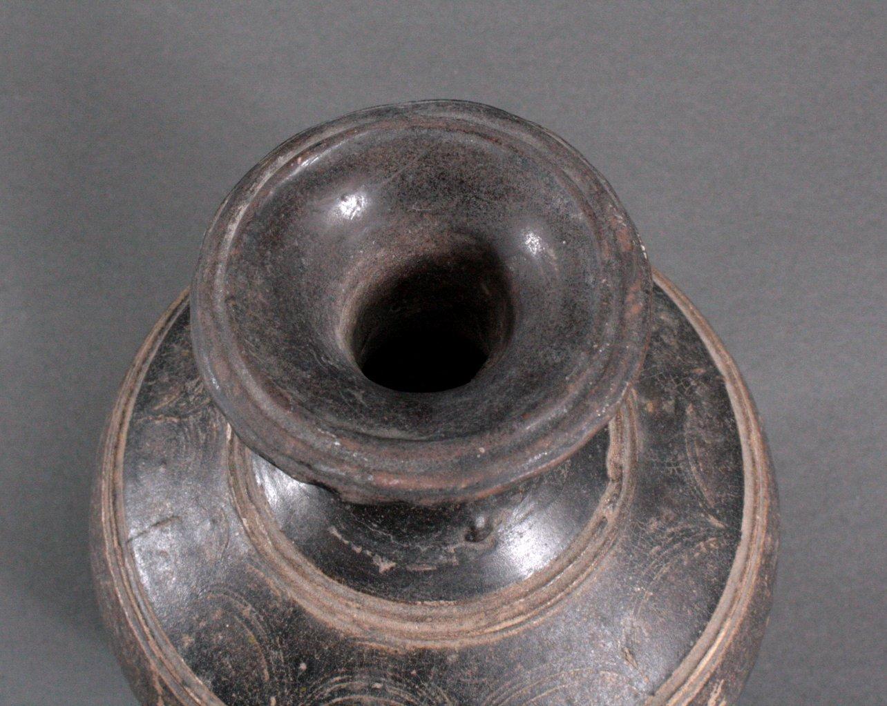 Balustervase, Angkor-Periode 12./13. Jh.-3