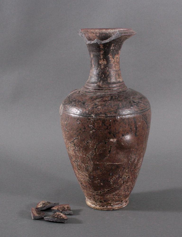 Große Balustervase, Angkor-Periode 12./13. Jh.