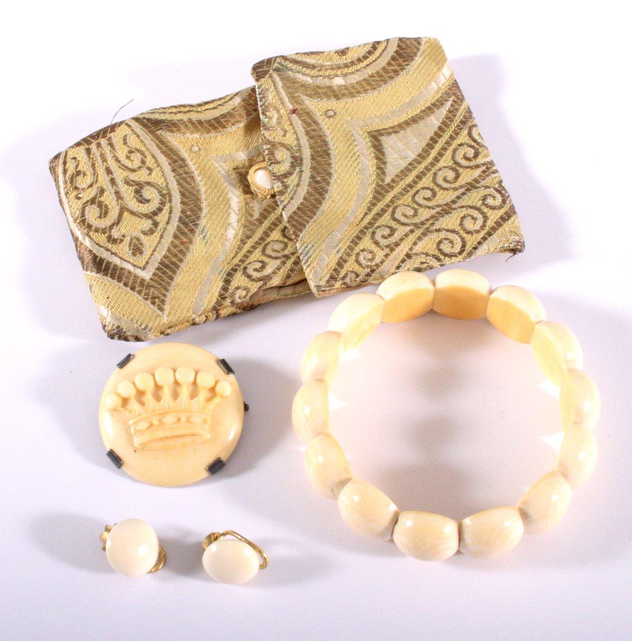 Antiker Elfenbeinschmuck