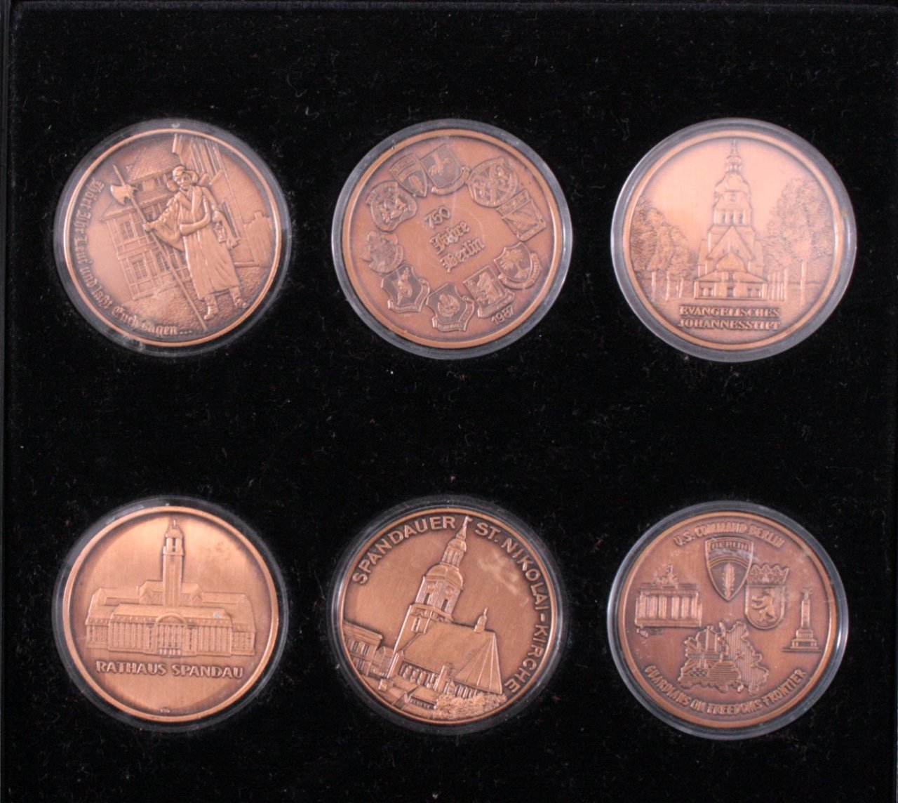 6 Bronze Medaillen Berlin