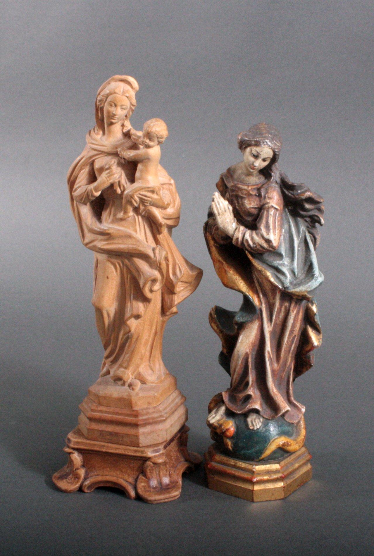 Zwei Holz Skulpturen