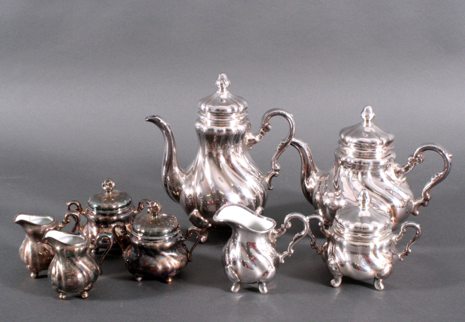 Kaffee und Teekern, Silberporzellan