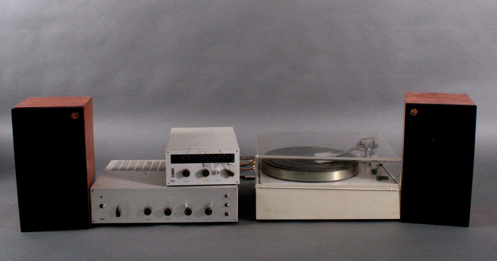 Braun Stereoanlage aus den 70er Jahren mit Röhrenverstärker