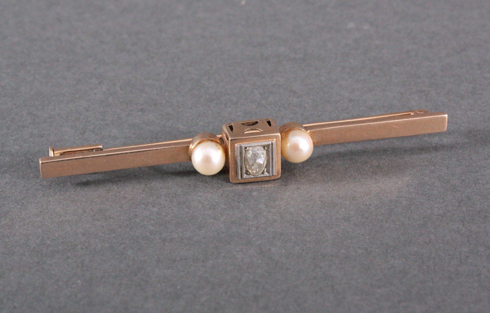 Brosche mit Diamant und Perlen