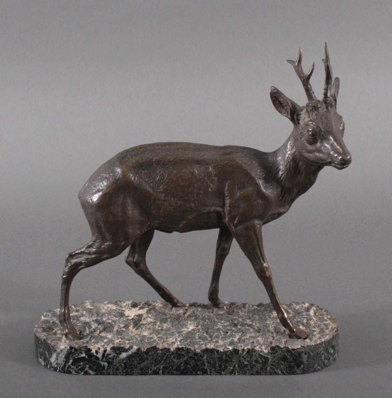 Bronze, junger Hirsch