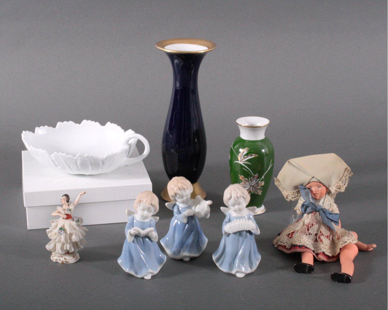 Figürliches Porzellan, 8 Stück