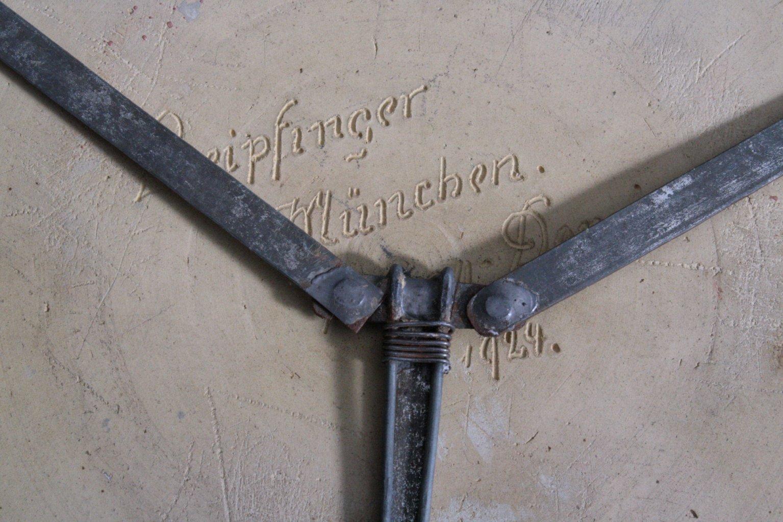 Großer Wandteller, Leipfinger München-1