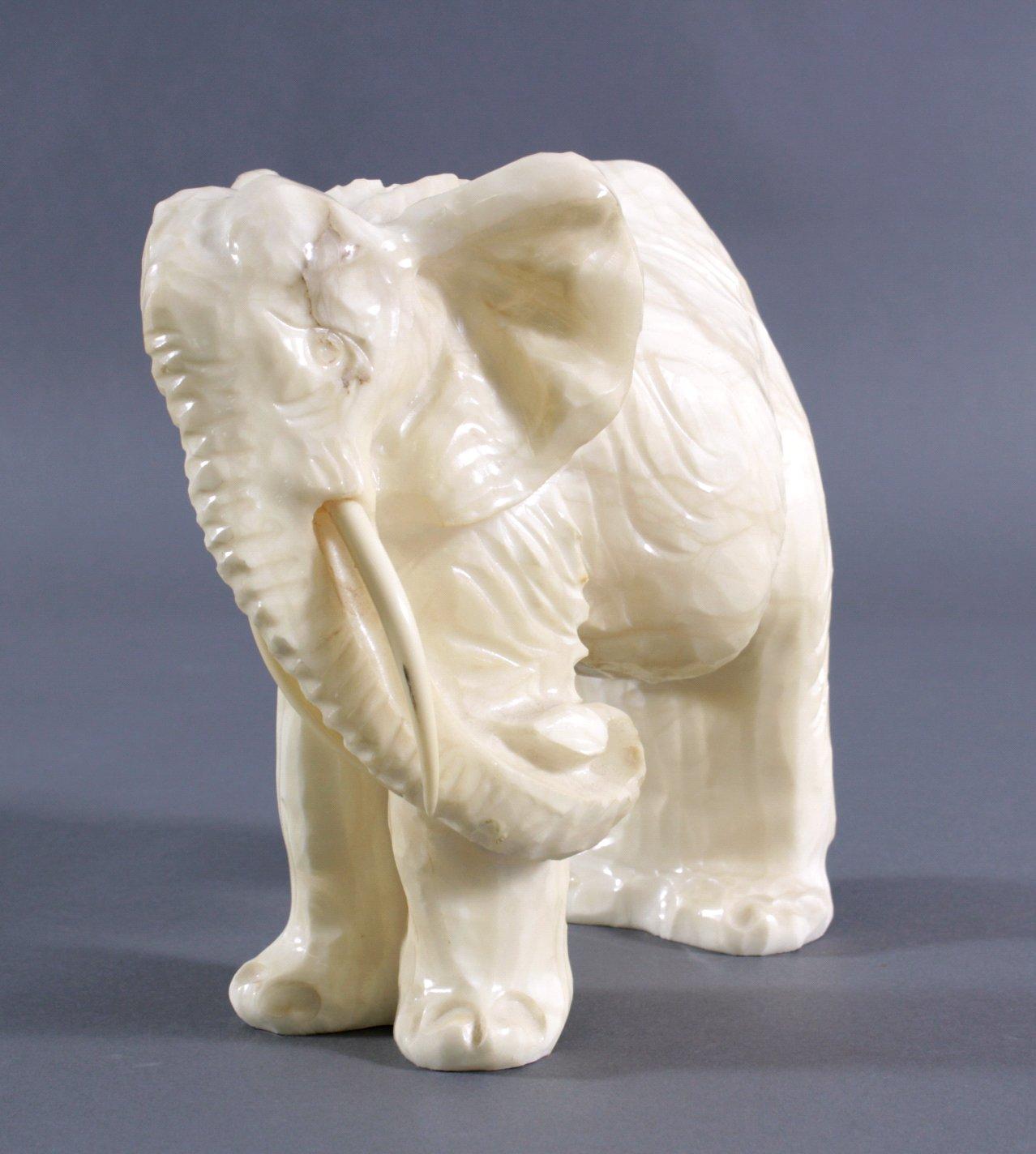 Marmorskulptur Elefant