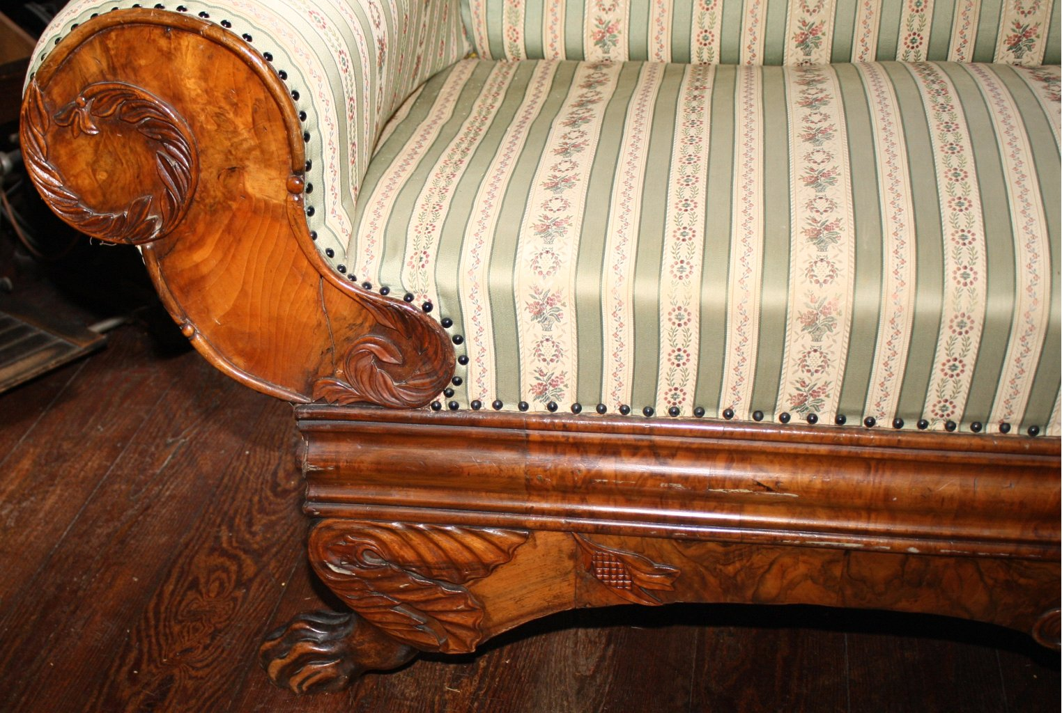 Biedermeier-Sofa-1