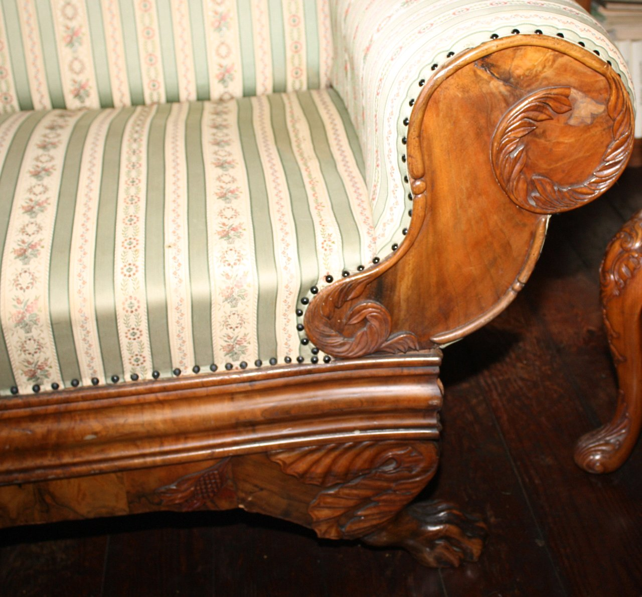 Biedermeier-Sofa-2