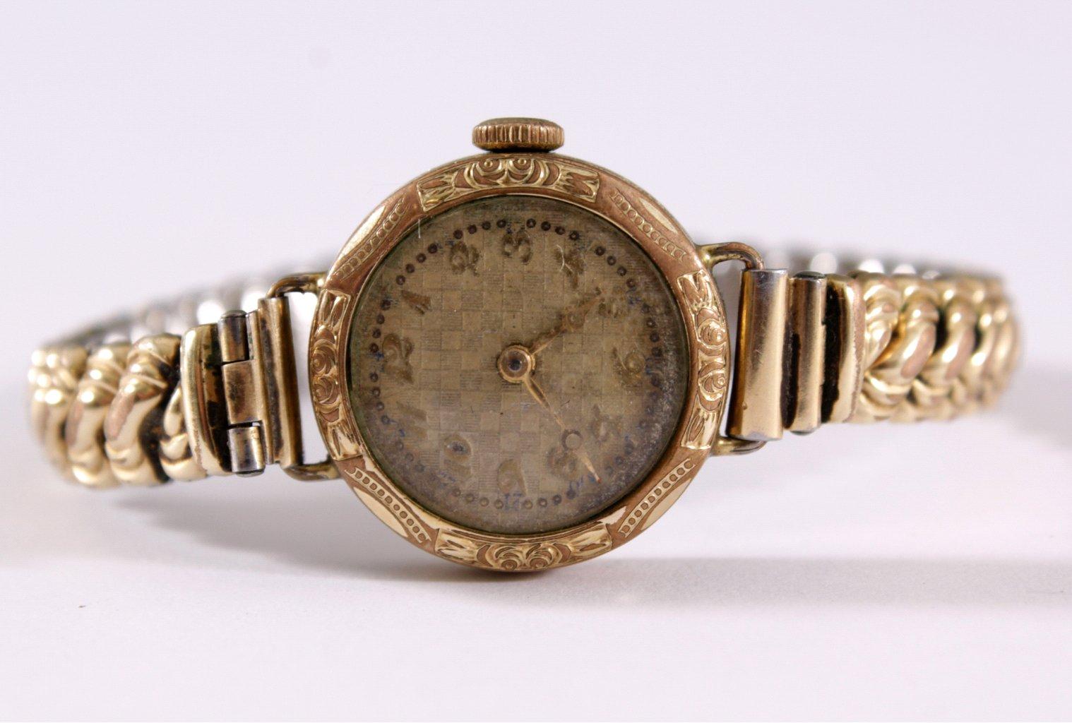 Antike Goldene Armbanduhr