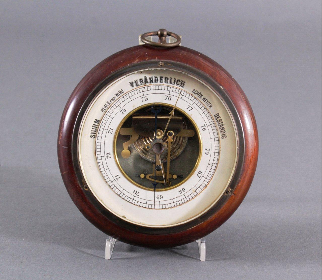 Antiker Barometer
