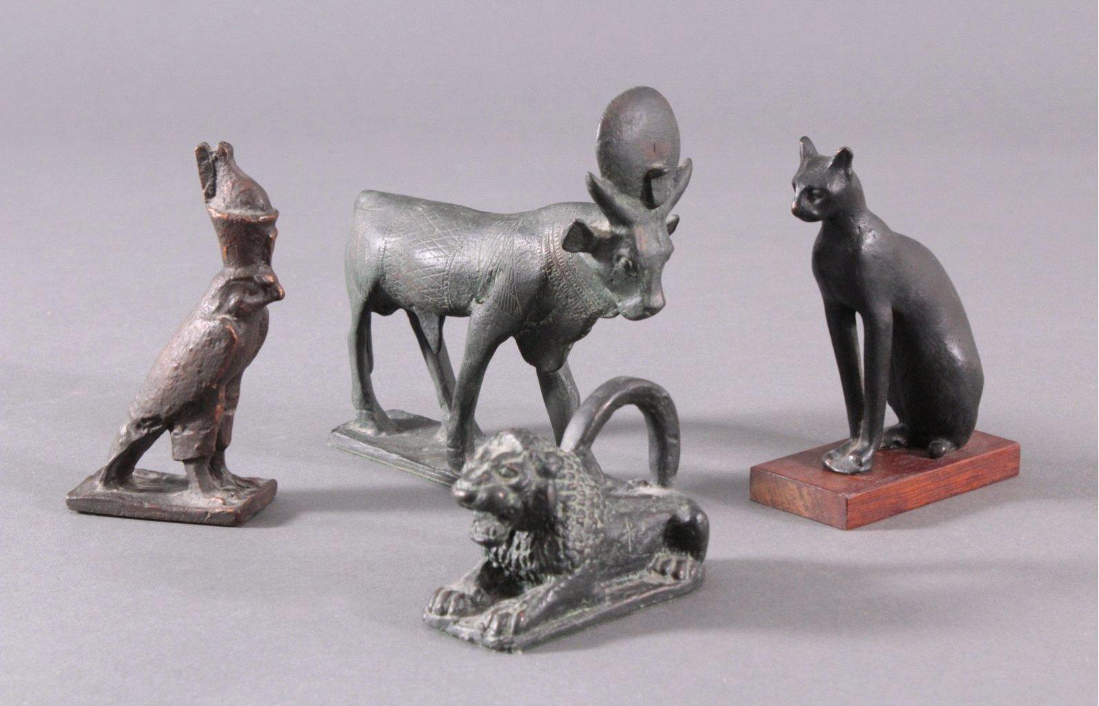 Vier Bronzefiguren aus der griechisch/ägyptischen Mythologie