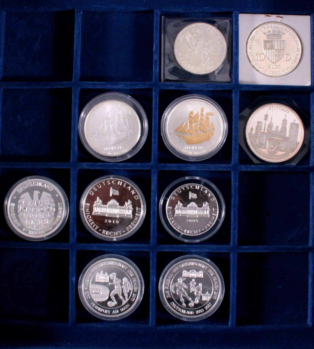 Konvolut Silbermünzen und Medaillen