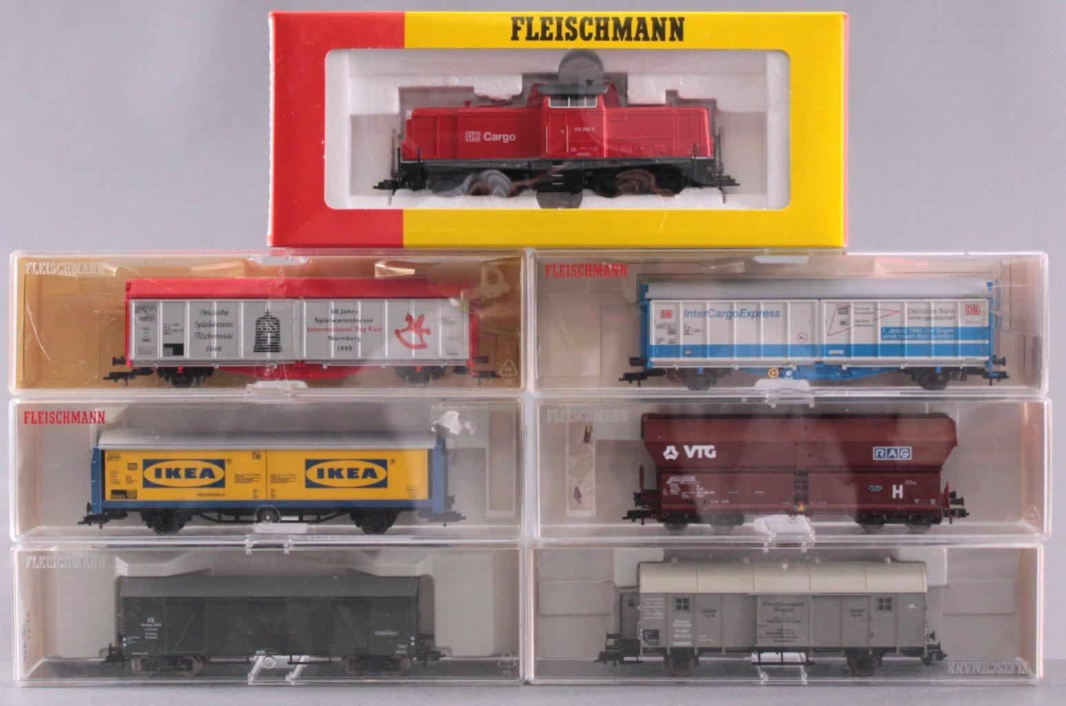 Fleischmann Diesel-Lock 4215 Spur H0 und 6 Güterwaggons