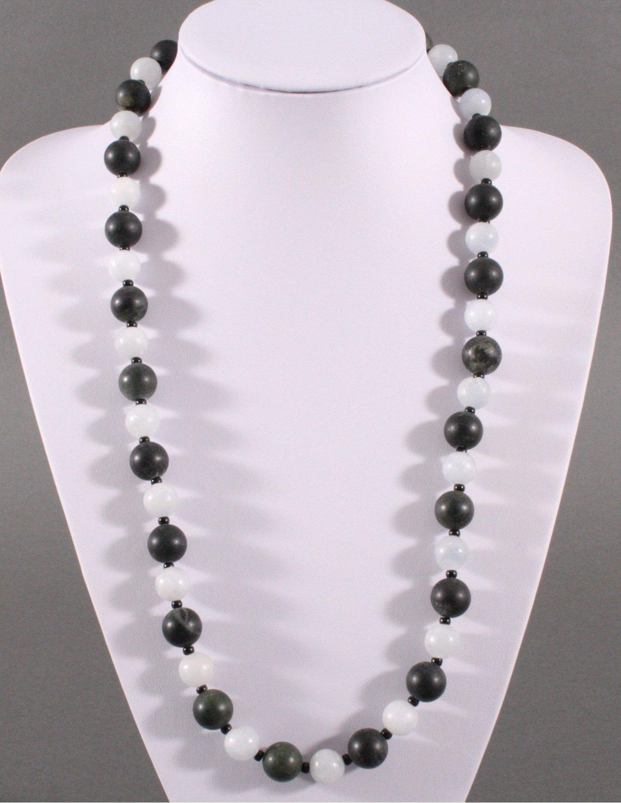 Achat Halskette