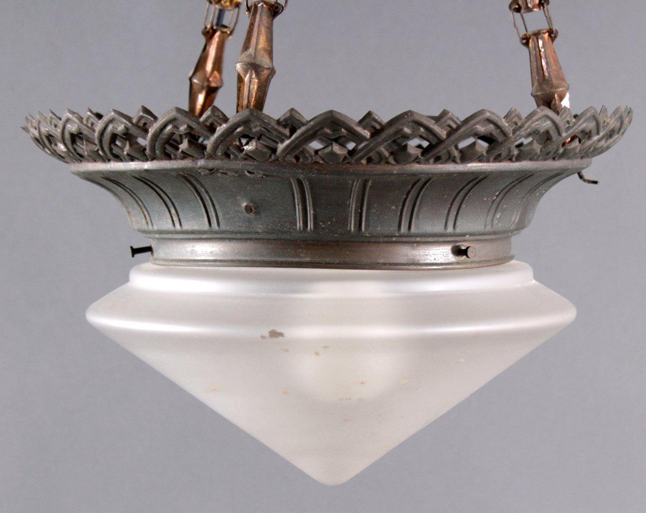 Deckenlampe um 1900 mit Milchglasschirm-1