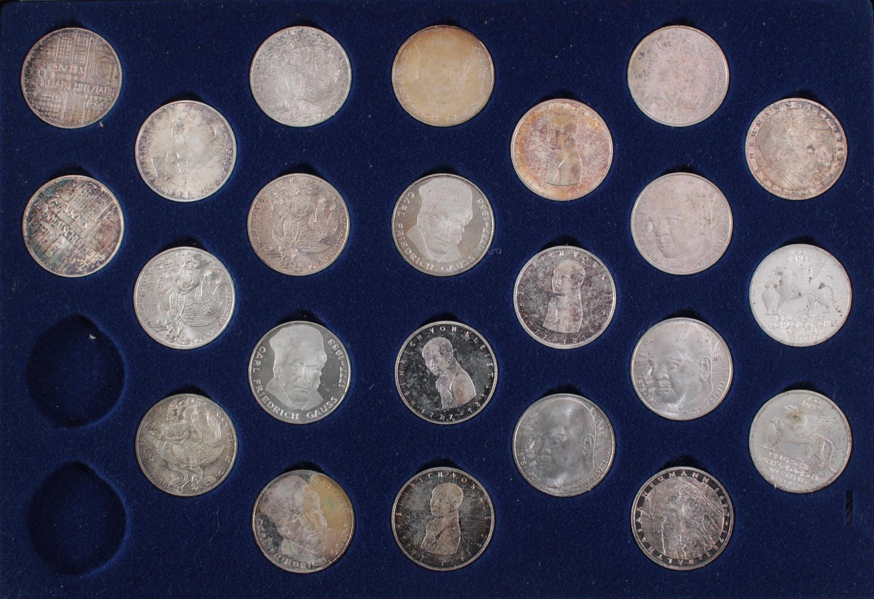 5 DM Sammlung Gedenkmünzen von 1951 bis 1974