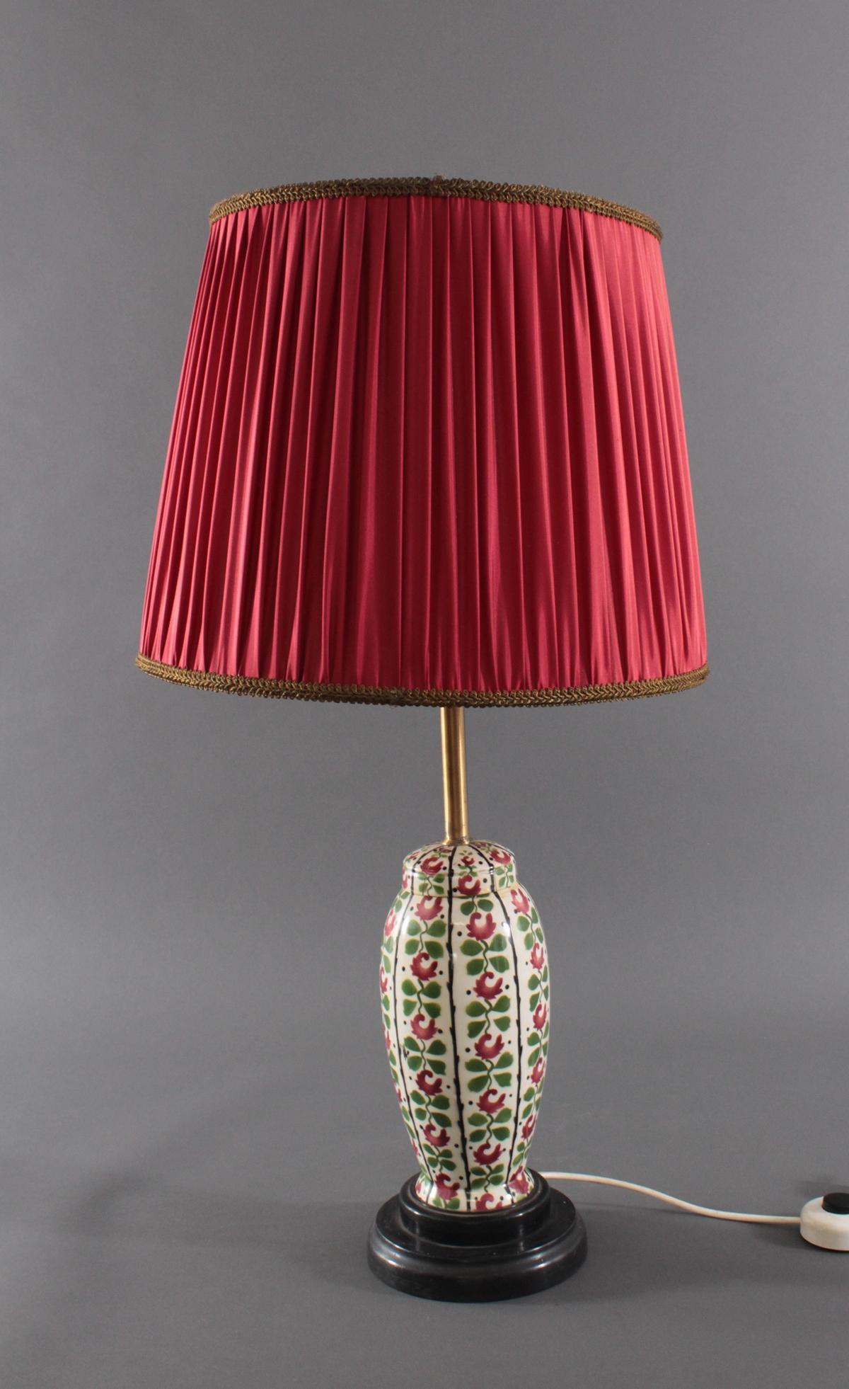 Tischlampe,  aus einer antiken Keramik-Deckelvase