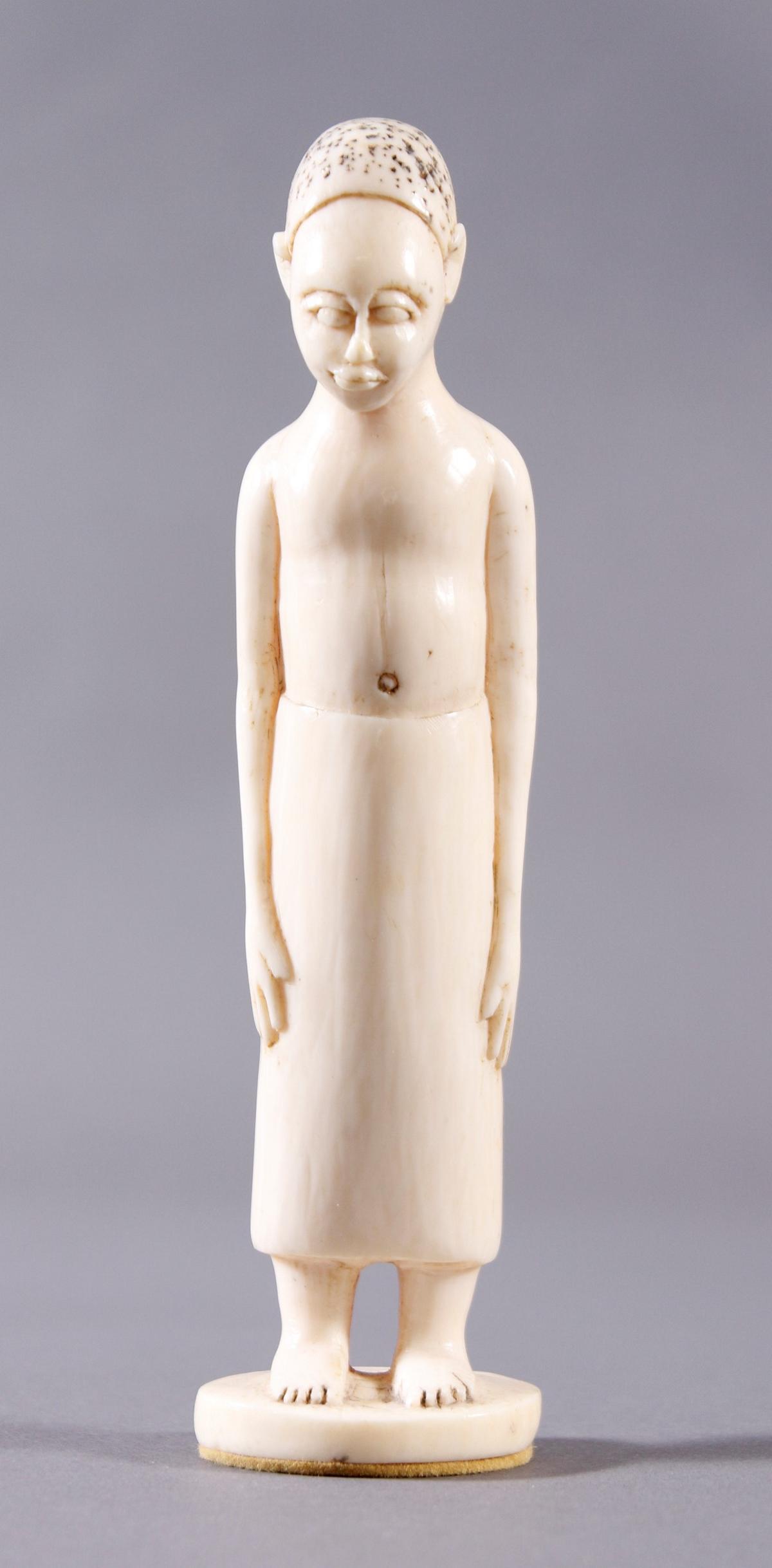 Elfenbein Figur, Afrikanerin um 1910