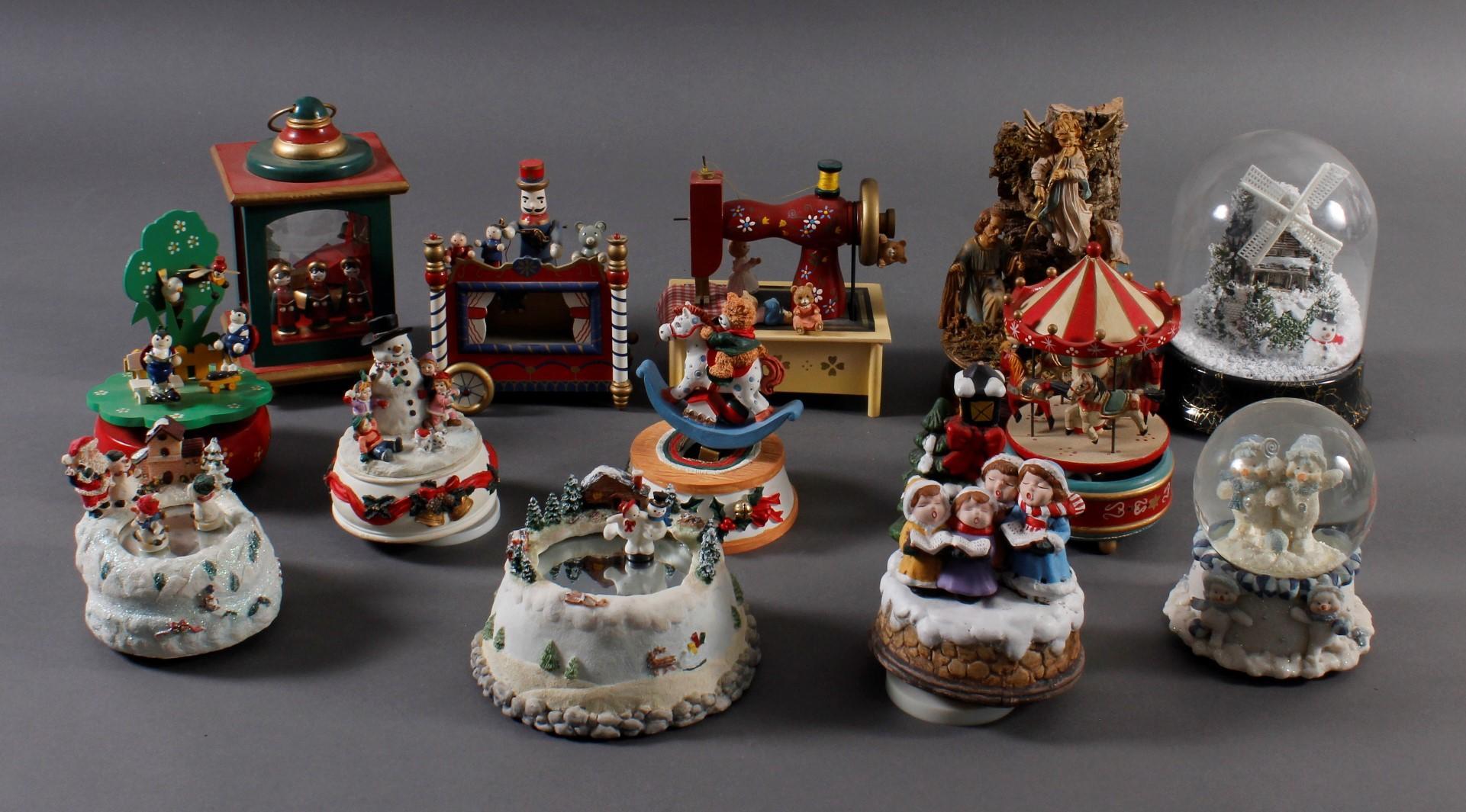 Sammlung Spieluhren, dabei auch Erzgebirge