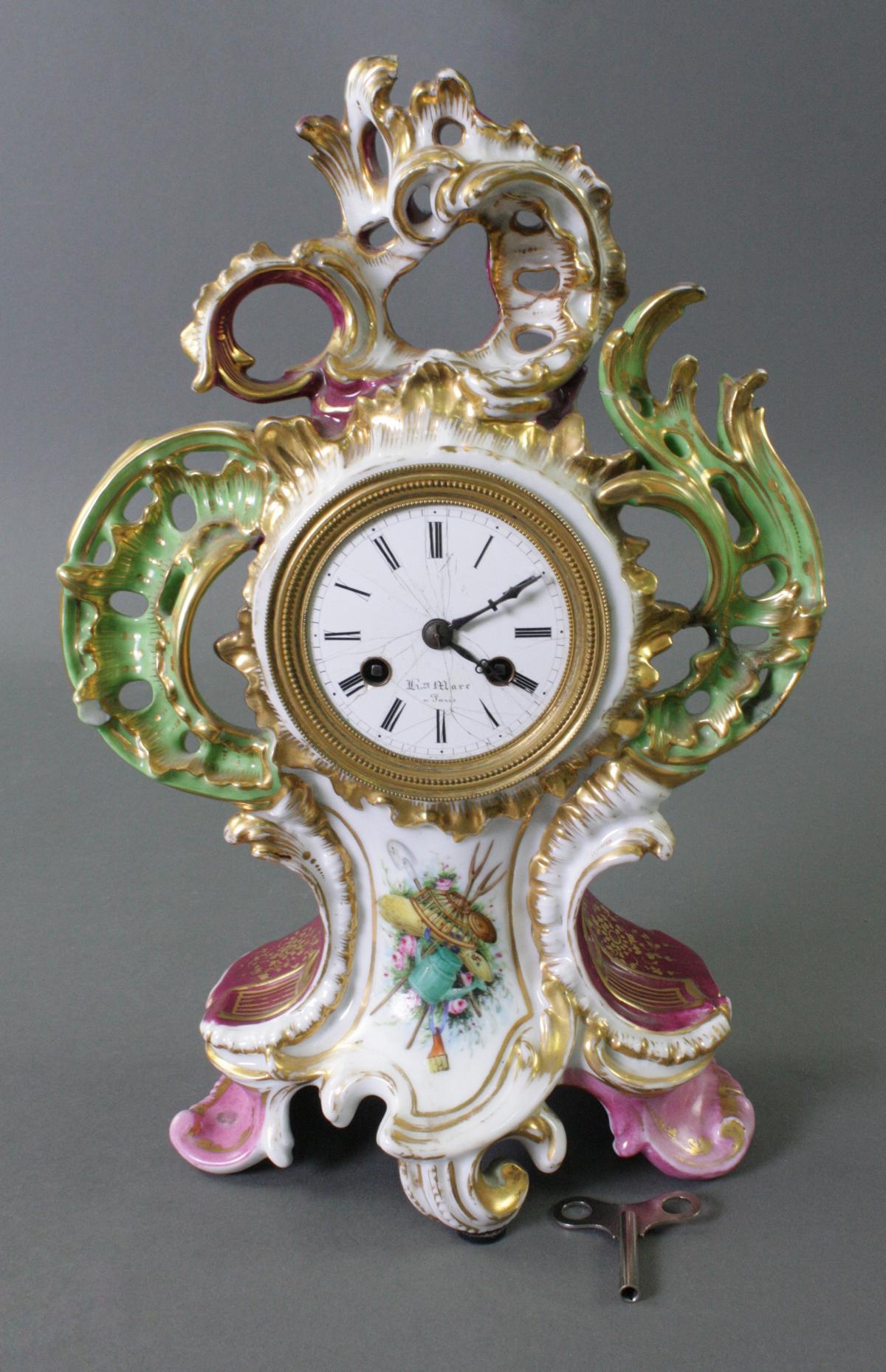 Porzellanuhr, Frankreich 19. Jahrhundert. Ungemarkt