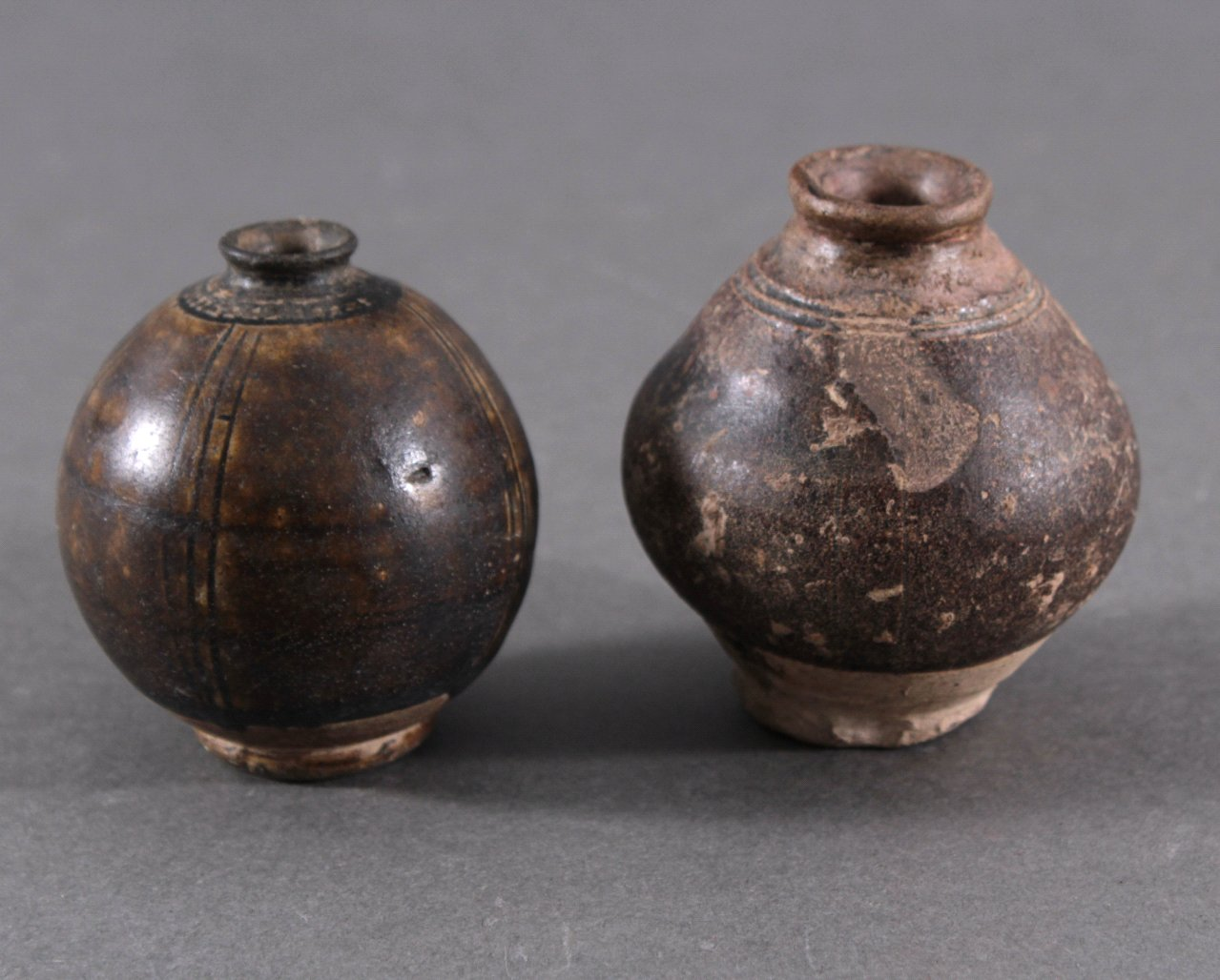 2 kleine Balustervasen-1
