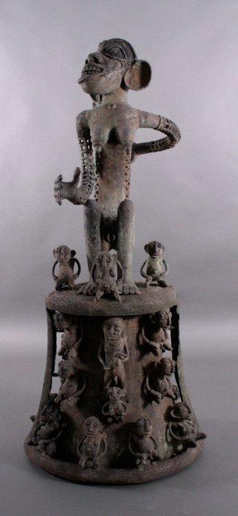 Große Bronze-Skulptur, wohl Elfenbeinküste, 1. Hälfte 20. Jh