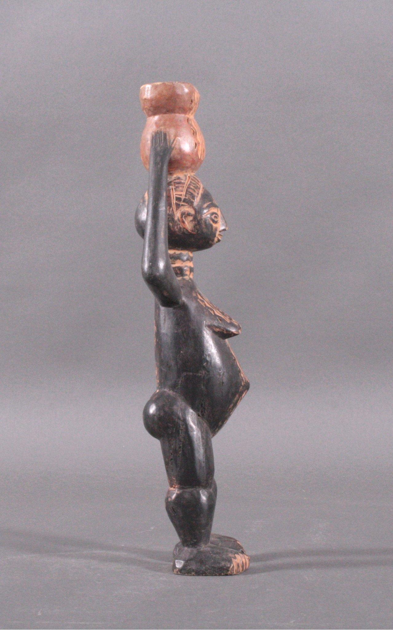Weibliche Figur, Afrika 1. Hälfte 20. Jh.-2
