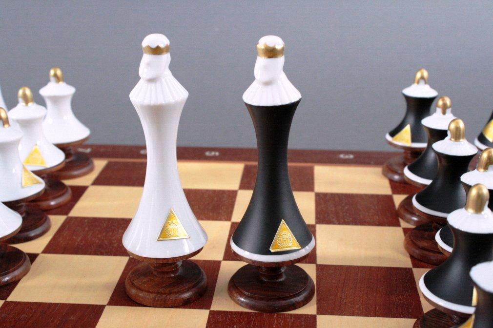 Schachspiel der Manufakutur Royal Dux Bohemia-1