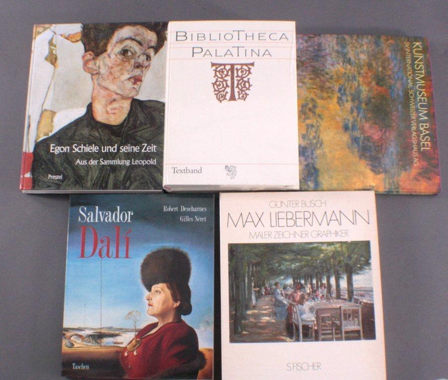 Sechs Kunstbücher