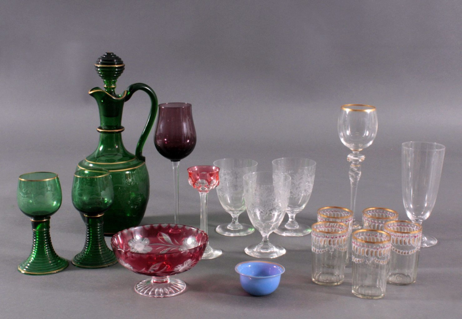 Konvolut Gläser zum Teil aus dem 19. Jahrhundert