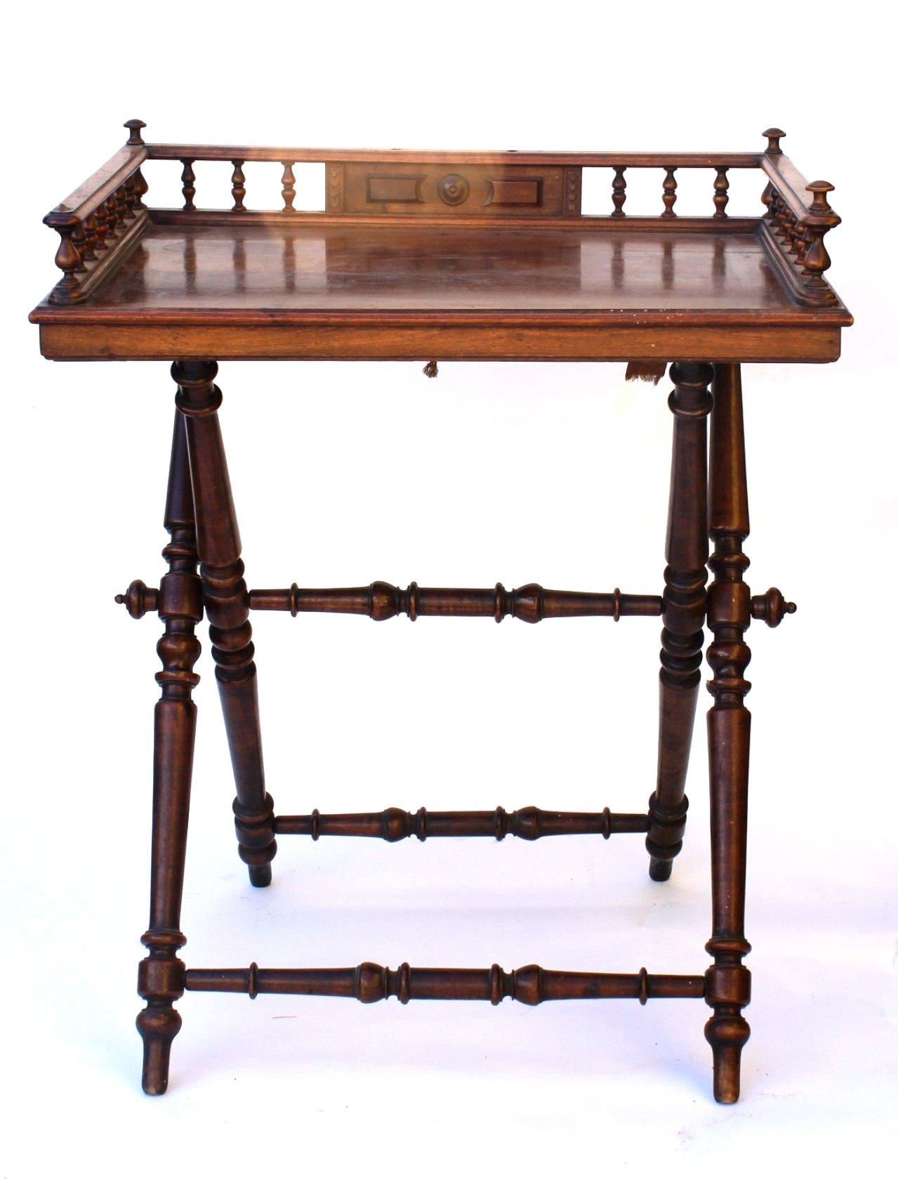 Gründerzeit Tisch-Tablett, um 1880-1