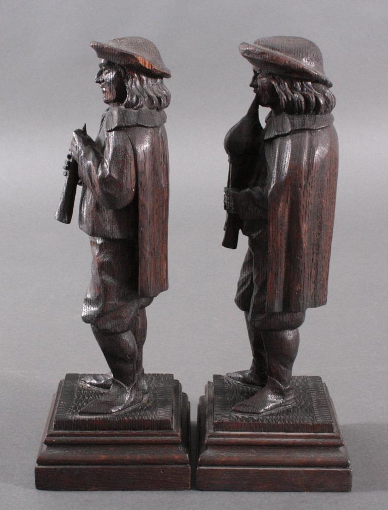 Paar Holzskulpturen, 19. Jh.-3