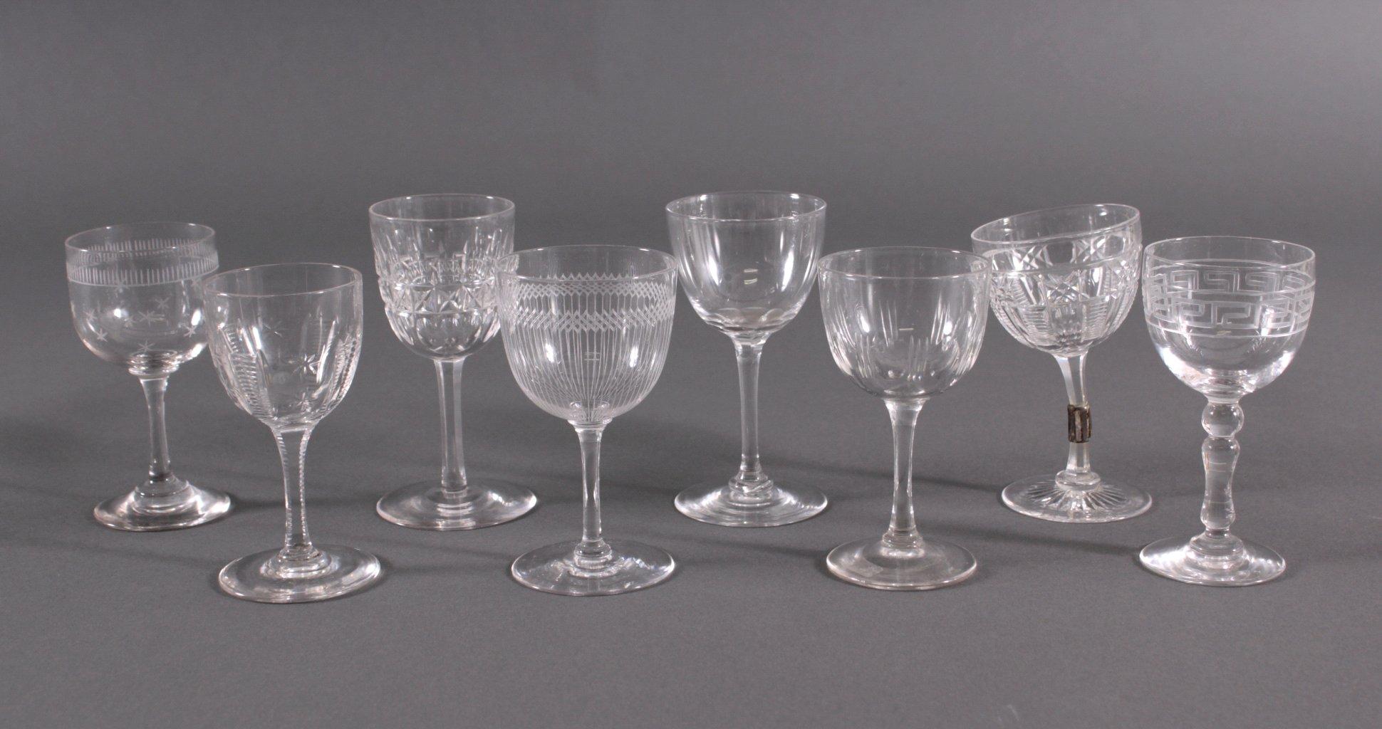 Acht diverse Gläser, 19./20. Jh.