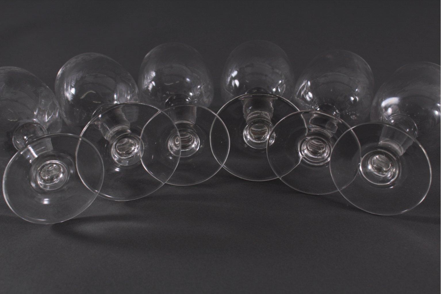 Sechs Weingläser um 1900-2