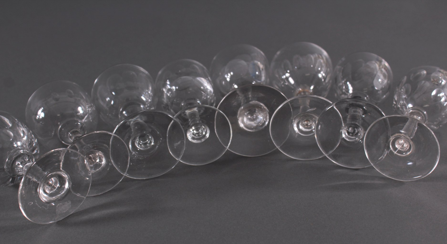 Acht diverse Gläser, 19./20. Jh.-3